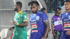 Indosport - Gelandang PSIS Semarang, Nerius Alom