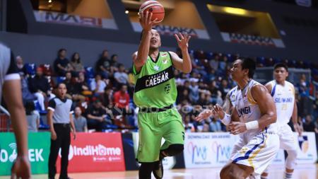 Pertandingan Bogor Siliwangi vs Pacific Caesar seri kedua IBL Pertamax 2018-2019 di Britama Arena Mahaka Square Kelapa Gading Jakarta Utara, Sabtu (8/12). - INDOSPORT