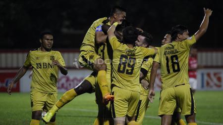 Bhayangkara FC vs Bali United - INDOSPORT