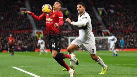 Jesse Lingard sesumbar masih pantas bermain di Manchester United meski santer disebut akan didepak dan sudah diminati Leicester City serta Newcastle United. - INDOSPORT