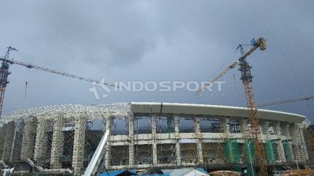 Kondisi terkini dari Stadion Papua Bangkit yang tengah dibangun. - INDOSPORT