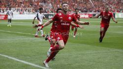 Selebrasi Marko Simic saat tendangan penalti merubah keadaan menjadi 1-0 untuk Persija Jakarta.
