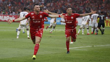 Selebrasi Marko Simic usai mencatatkan namanya untuk kali kedua di laga Persija Jakarta vs Mitra Kukar.