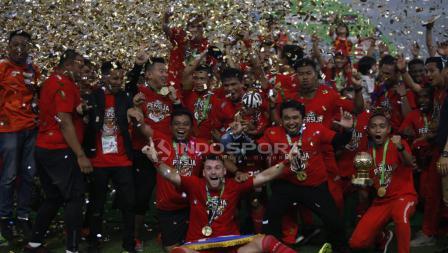 Pemain Persija Jakarta saat merayakan kemenangannya.