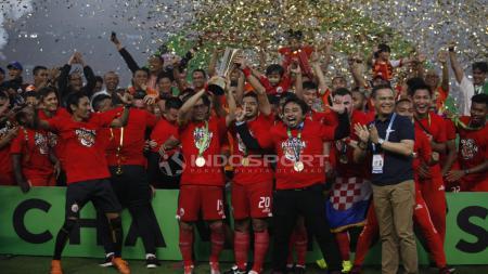 Pemain Persija Jakarta saat merayakan kemenangannya. - INDOSPORT