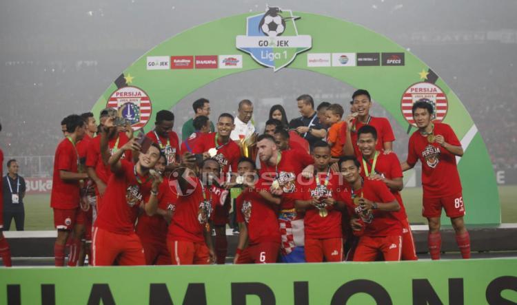 Pemain Persija Jakarta saat merayakan kemenangannya. Copyright: Herry Ibrahim/Indosport.com