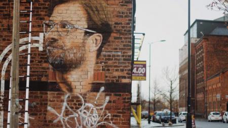 Penampakan mural Jurgen Klopp di kota Liverpool. - INDOSPORT