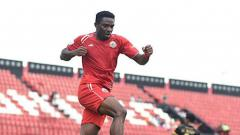 Indosport - Osas Saha usai mencetak gol ke gawang Bogor FC di Piala Indonesia, rabu (12/12/18).