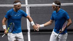 Indosport - Rafael Nadal (kiri) akan menjadi lawan Roger Federer di ajang Indian Wells Masters 2019.