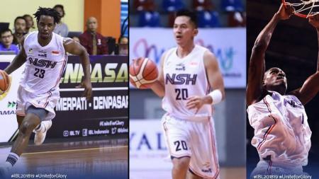 Para pemain basket NSH Jakarta, Dashaun Najee Wiggins (kiri), Wendha Wijaya (tengah), dan Anthony Simpson. - INDOSPORT
