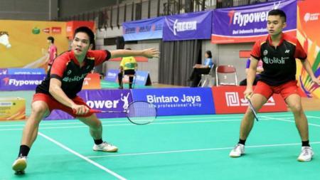 Pebulutangkis ganda putra Indonesia, Leo Rolly Carnando/Daniel Marthin, sukses tembus final Kejuaraan Dunia Junior Bulutangkis 2019. - INDOSPORT