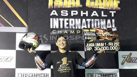 Doni Tata Pradita menyabet juara umum TGA tahun 2017 dan 2018. - INDOSPORT