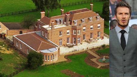 Rumah mewah legenda sepak bola Inggris, David Beckham, dikabarkan direnovasi bak sebuah penjara yang mengerikan. - INDOSPORT