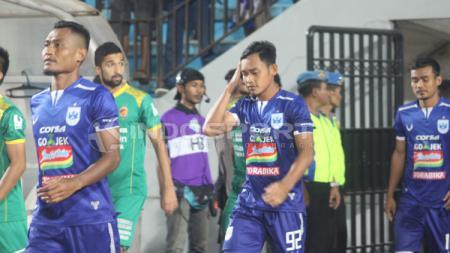Pemain PSIS Semarang: (Dari kiri) Safrudin Tahar, Bayu Nugroho, Komarudin. - INDOSPORT
