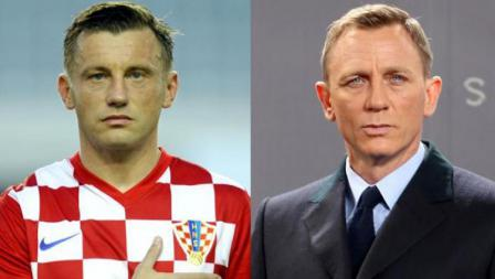 Mantan striker Timnas Kroasia, Ivica Olic dan Daniel Craig, mantan aktor James Bond.