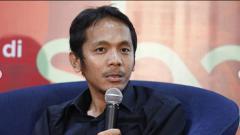 Indosport - Koordinator Save Our Soccer (SOS) Akmal Marhali