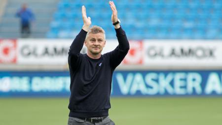 Ole Gunnar Solskjaer akan membawa para pemainnya ke Dubai, Uni Emirat Arab. - INDOSPORT