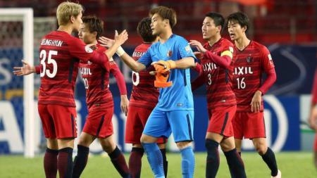 Para pemain Kashima Antlers saat berada di lapangan. - INDOSPORT