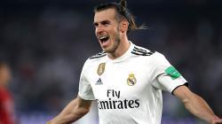 Gareth Bale berselebrasi usai mencetak gol ke gawang Kashima Antlers.