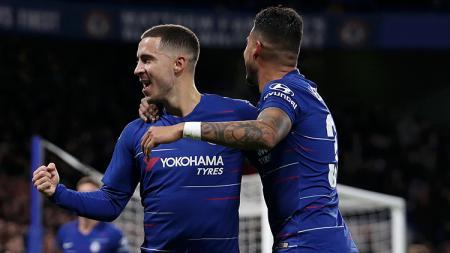 Eden Hazard berselebrasi usai mencetak gol ke gawang Bournemouth. - INDOSPORT