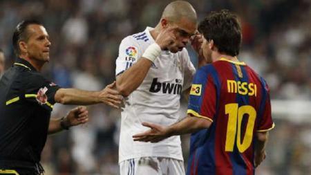 Pepe dan Lionel Messi bersitegang - INDOSPORT
