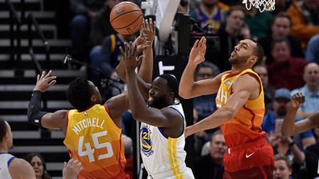 Situasi pertandingan Golden State vs Utah Jazz - INDOSPORT