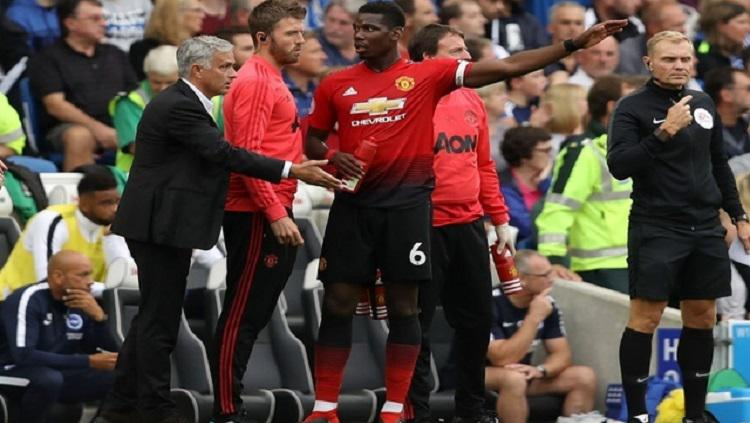 Jose Mourinho, Michael Carrick dan Paul Pogba Copyright: Caught Offside