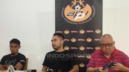 Maman Abdurrahman, Ponaryo, dan Andi Darussalam Tabusalla di preskon APPI - INDOSPORT