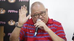 Indosport - Mantan manajer Tim Nasional Indonesia di ajang Piala Asia 2007 dan Piala AFF 2010, Andi Darussalam Tabussala (ADS), positif terinfeksi corona.