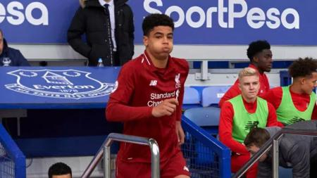 Ki-Jana Hoever, pemain yang dipromosikan ke tim utama Liverpool - INDOSPORT