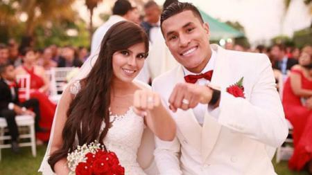Samanta Gutierrez, merupakan istri Jeison Murillo yang baru saja diresmikan bergabung dengan Barcelona - INDOSPORT