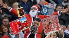 Indosport - Hadiah Natal teraneh yang dijual lima klub papan atas Liga Inggris