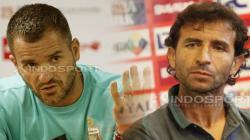 Pelatih Timnas Indonesia, Simon McMenemy (kiri) dan Luis Milla, mantan juru taktik skuat Garuda.