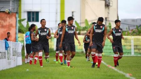 Skuat PSM Makassar sedang jalani sesi latihan. - INDOSPORT