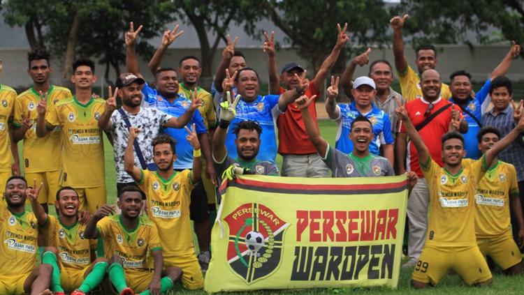 Skuat Persewar Waropen yang lolos promosi ke Liga 2 2019. Copyright: pssi.org