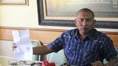 Indosport - Manajer Persekam Metro FC Bambang Suryo.