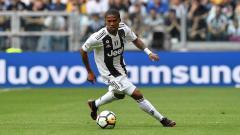 Indosport - Wolverhampton Wanderers diwartakan sukses mengalahkan Manchester United untuk mendatangkan winger Juventus yang bernama Douglas Costa.