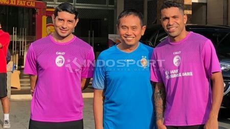 Manajer Sriwijaya FC, Ucok Hidayat, beto dan vizcara - INDOSPORT