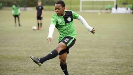 Karamoko Dembele pesepak bola muda asal Inggris - INDOSPORT