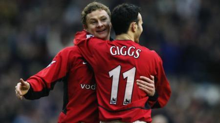 Ole Gunnar Solskjaer dan Ryan Giggs saat masih bermain di Manchester United. - INDOSPORT