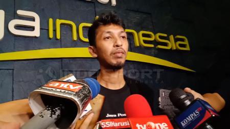 Muhammad Ilham, pemilik salah satu akun medsos yang dipanggil Komdis PSSI, Sabtu (29/12/18). - INDOSPORT