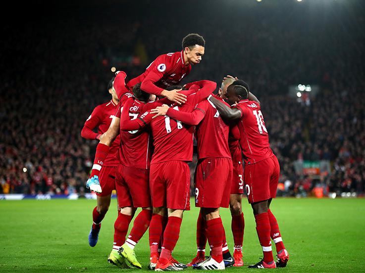 Para pemain Liverpool merayakan gol yang dicetak oleh Firmino. Copyright: Getty Images