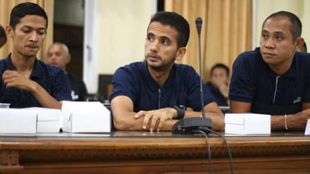 Wasit Liga Cahmpions Asia asal Indonesia, Thoriq Alkatiri, berharap gajinya bisa naik - INDOSPORT