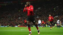 Indosport - Romelu Lukaku berselebrasi usai mencetak gol ke gawang Bournemouth.