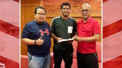 Indosport - Zulfiandi resmi gabung Madura United.