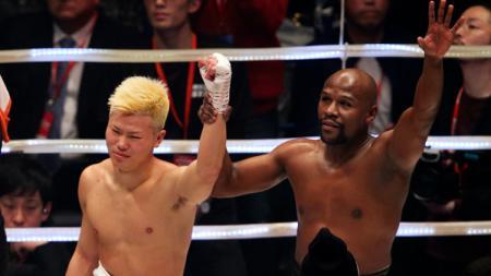 Mayweather mengalahkan Nasukawa - INDOSPORT