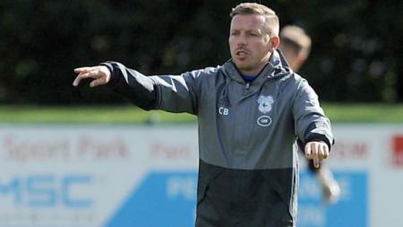 Craig Bellamy saat berada di sesi latihan Cardiff City. - INDOSPORT