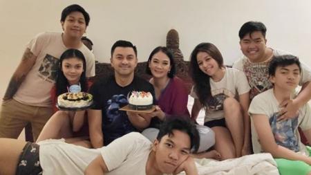 Potret Keluarga Besar Aktor Indonesia, Anjasmara - INDOSPORT
