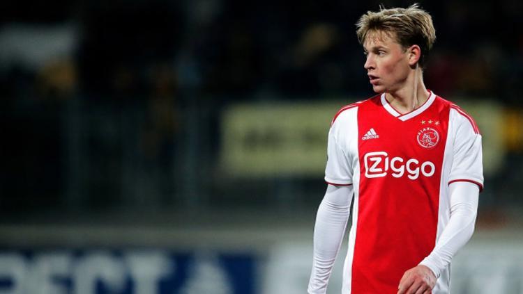 Frenkie de Jong pemain Ajax. Copyright: Indosport.com