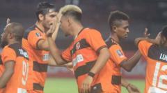Indosport - Perseru Serui Lolos ke Babak 32 Besar